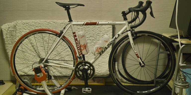 クロモリフレームのBASSO自転車