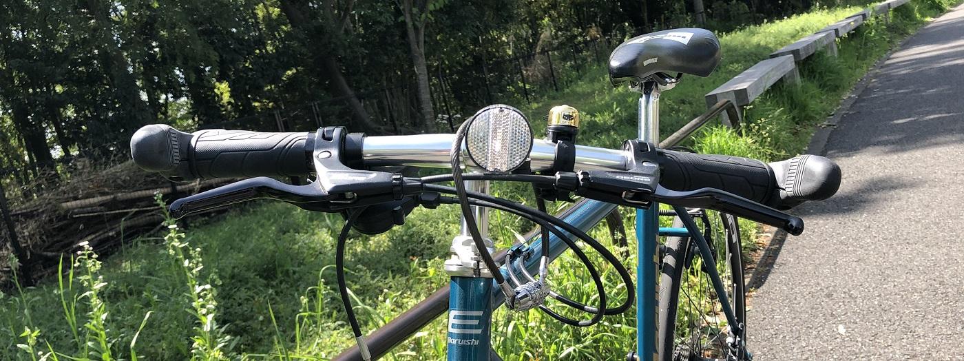 B-WITCHのショートハンドルを装着したクロスバイク