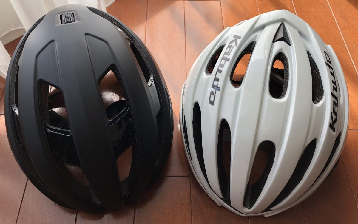 OGKカブトとLAZERスフィアヘルメットを比べるための画像