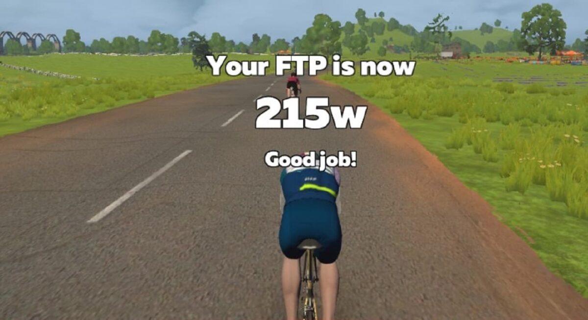 FTPテストの結果が215wだったことを伝える画像