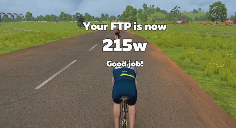 FTP計測結果が215Wだったことを伝える画像