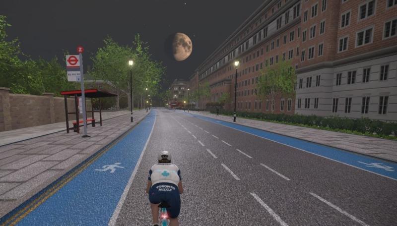 月面がリアルに再現されたZwiftの画面