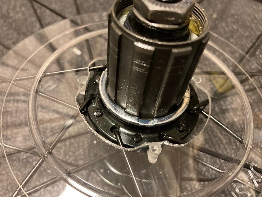 8速スペーサーが装着されたフリーホイールを紹介する画像